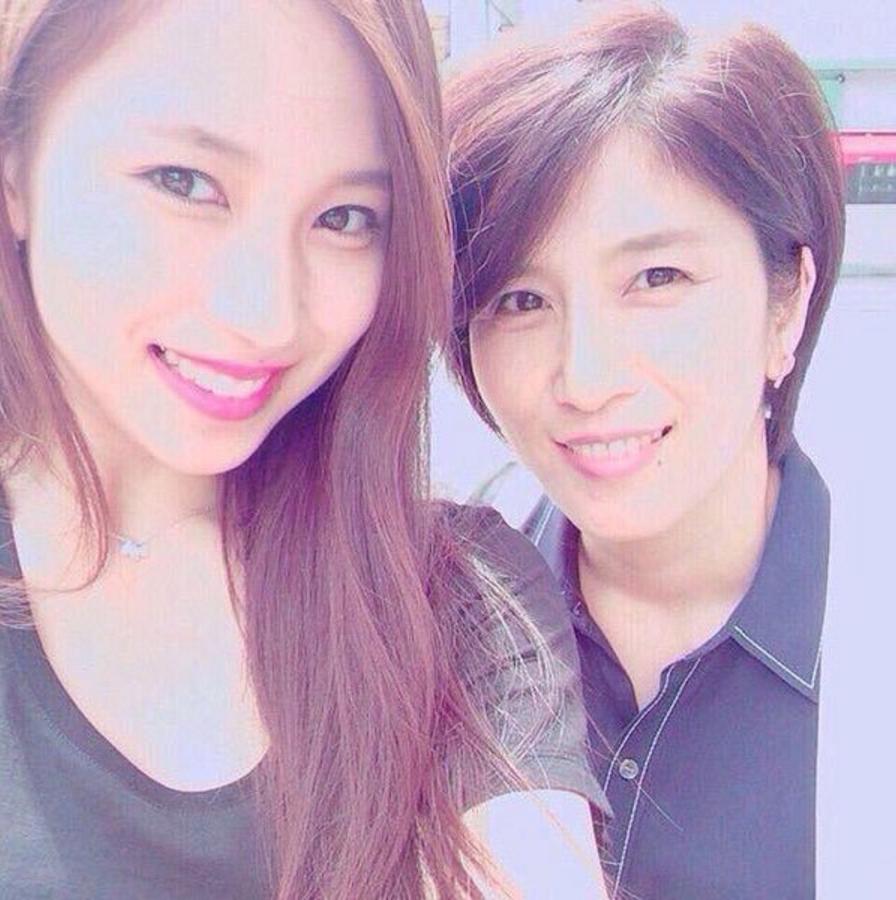 twiceミナの母のインスタ(instagram)!!プライベートが明らかに??!